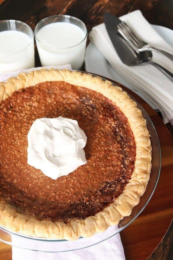Minny's Chocolate Pie with Serveware
