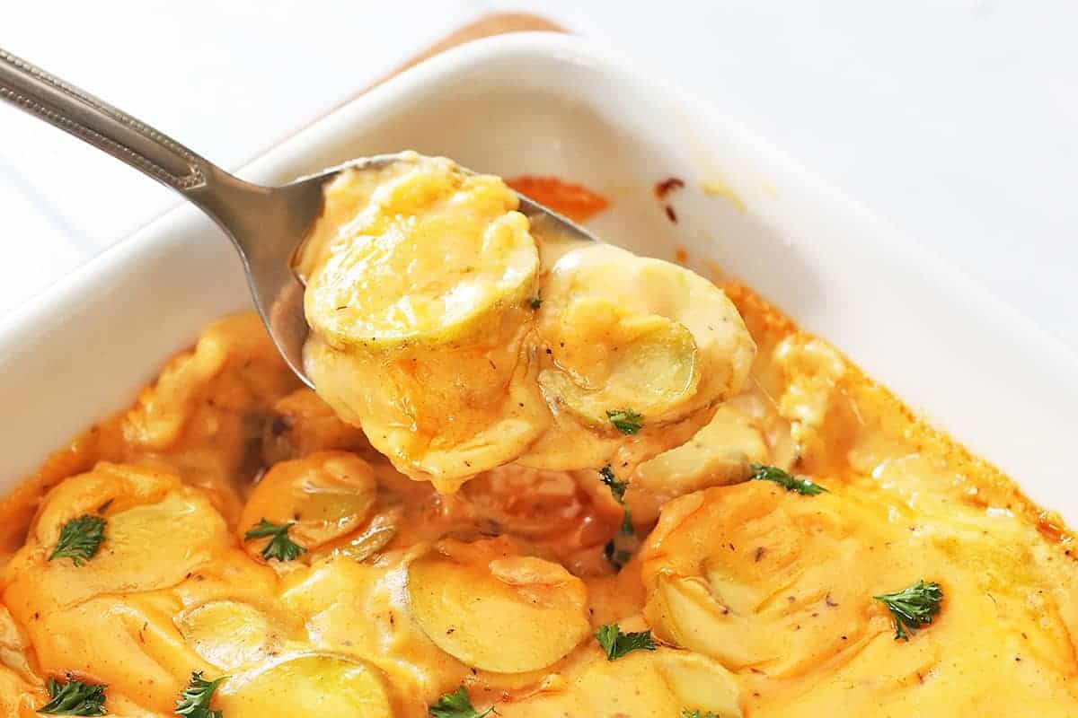 Ultimate Cheesy Au Gratin Potatoes