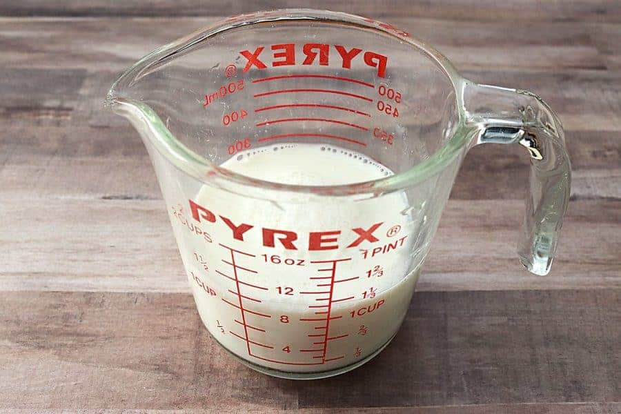 Measuring Cup with Buttermilk Substitute