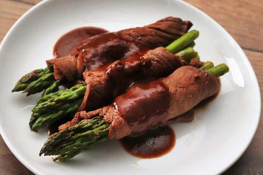 Beef Roll-Ups with Asparagus