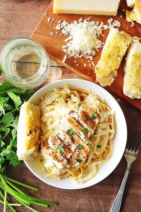 Olive Garden Fettuccine Alfredo Copycat