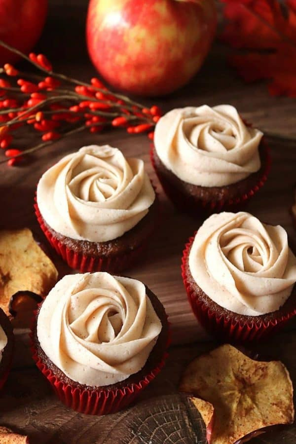Frosting Roses on Apple Butter Cupcakes